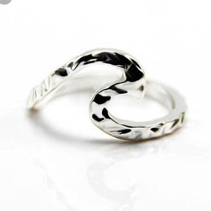 Jewelry - Wave Ring Sterling Silver